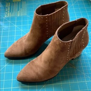 Michael Michael Kors Pull on Suede Ankle Boot